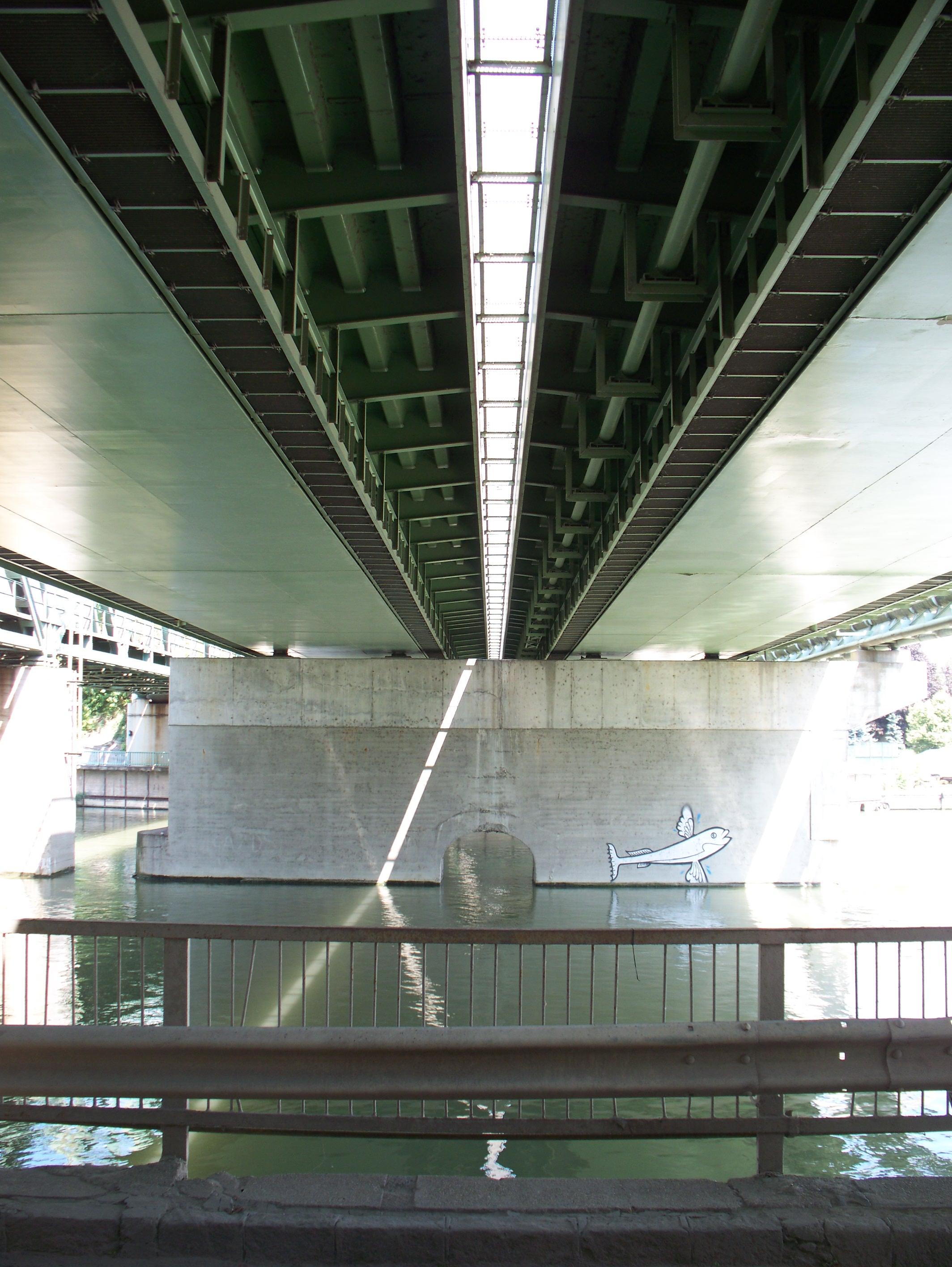 http://www.kisdunainagyhajok.hu/kis-dunai_hidak/kvassay-jeno-kozuti-hid/kvassay-jeno-kozuti-hid_007.jpg